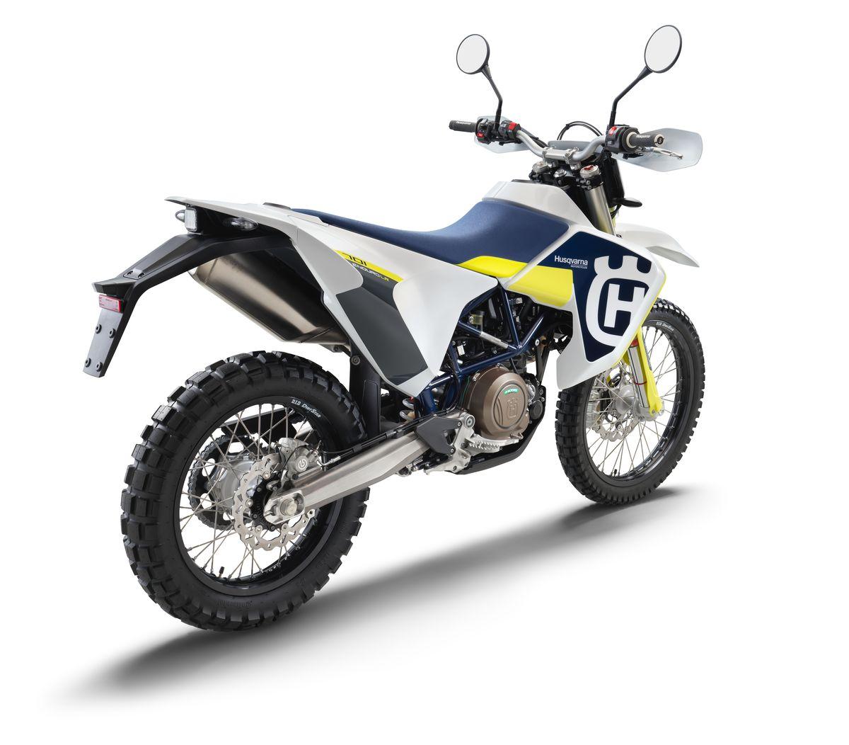 70022_701 Enduro LR 2020